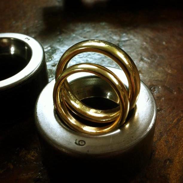 Vigselringar i 18k rött guld