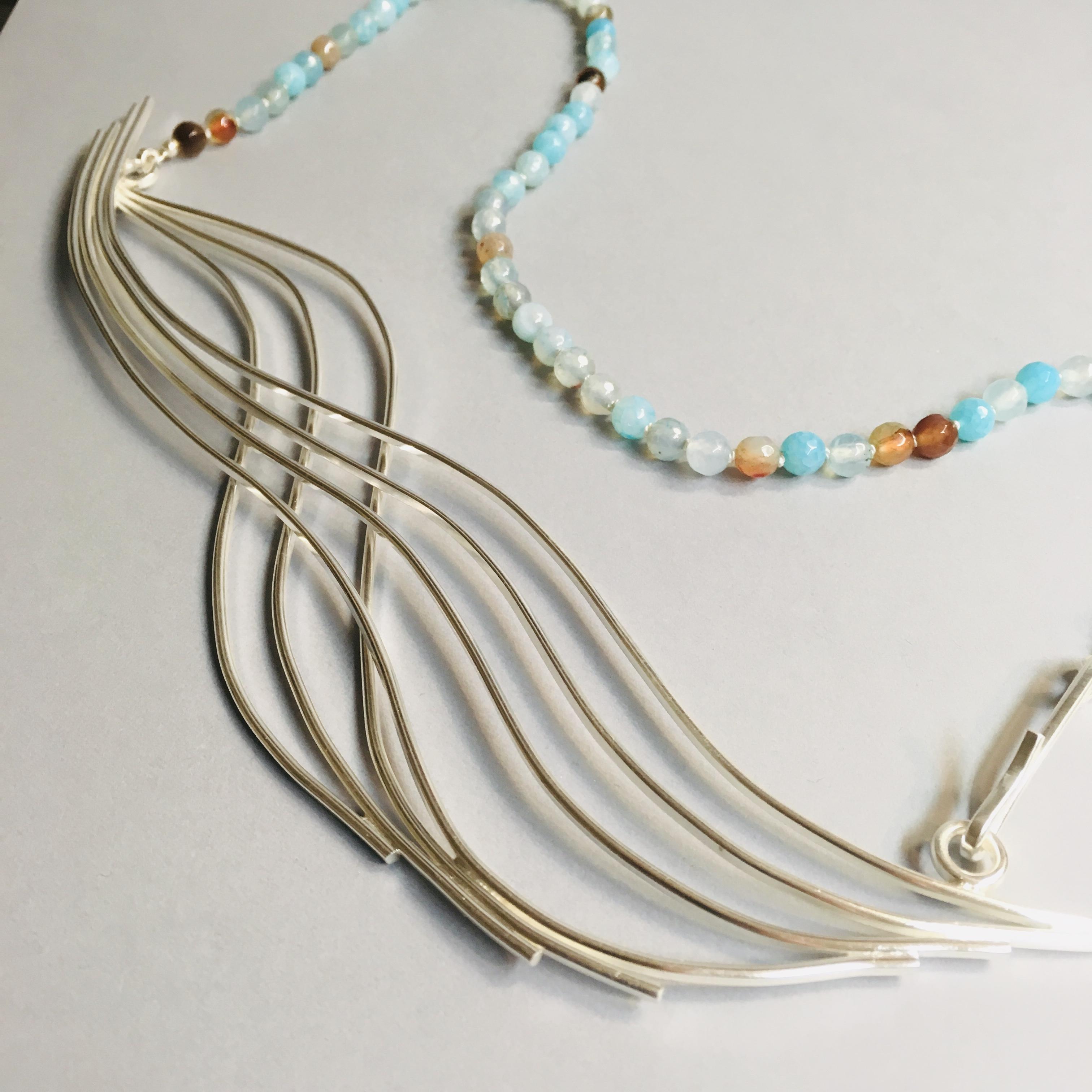 Vågor - silver och agater
