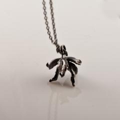 Frökapsel - oxiderat silver